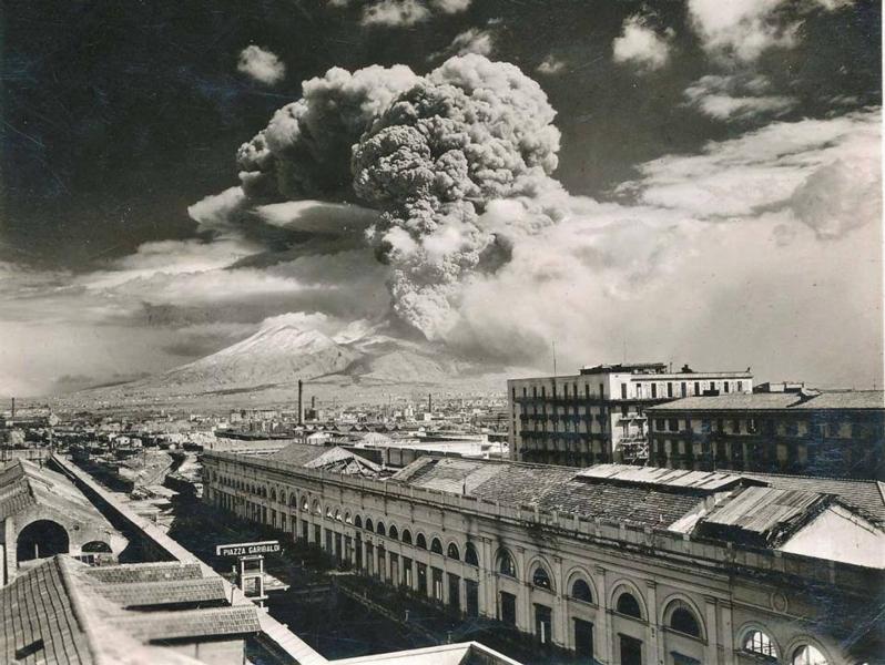 eruzione-vesuvio-1944
