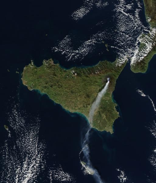 etna-visto-spazio-eruzione