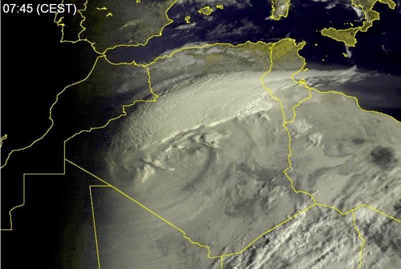tempesta-sabbia-pieno-deserto-sahara