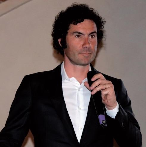 Secondo Nicola Morandi del Servizio tecnico ruminanti Italia, il nuovo sigillante potrà essere applicato facilmente e in modo corretto dagli addetti alla messa in asciutta