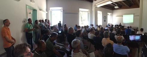 Panoramica della sala dove si è svolto l'incontro Pereto sostenibile