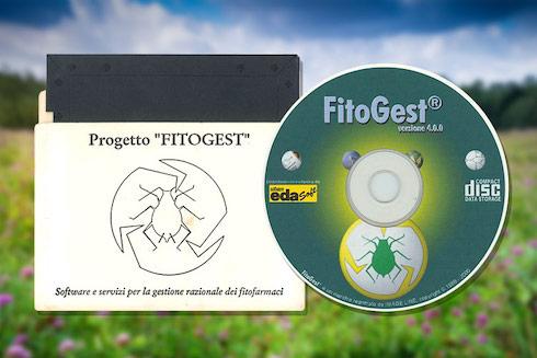 A sinistra il primo floppy disk contenente Fitogest, a destra il primo Cd-Rom di Fitogest