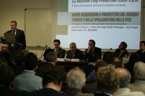 Gabriele Rapparini (al centro) ad uno degli ultimi incontri pubblici a cui ha partecipato il 23 gennaio 2009