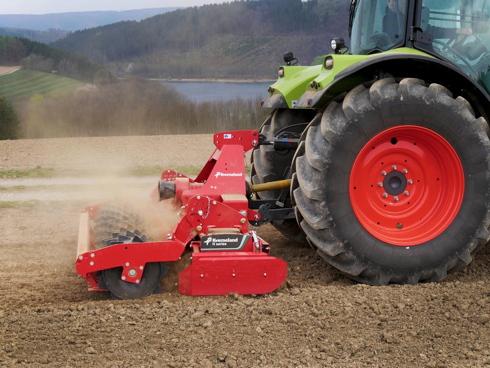 La nuova erpice serie H della Kverneland per lavorare il terreno
