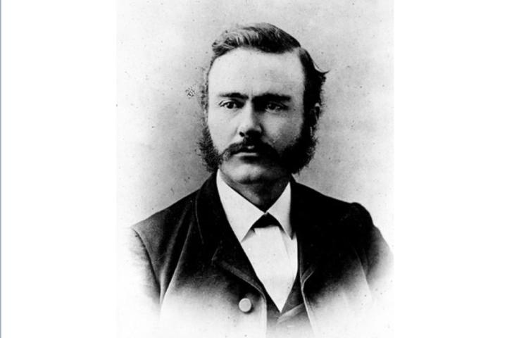 L'agronomo statunitense Newton B. Pierce