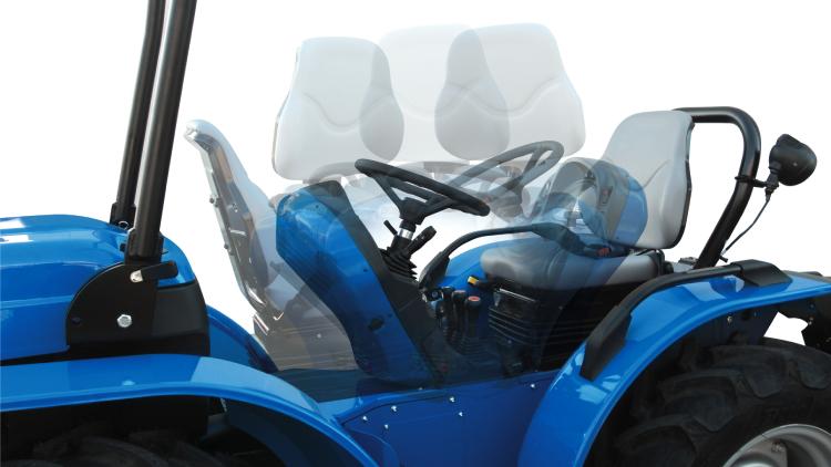 La reversibilità della postazione di guida rende il K600 estremamente versatile e comodo