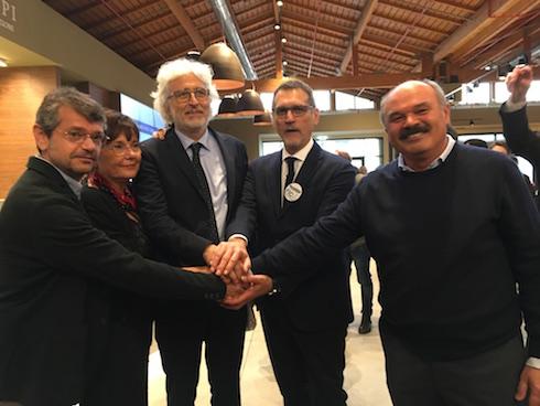 Da sinistra a destra: Andrea Segré, Tiziana Primori, Giovanni Bastianelli, Virginio Merola e Oscar Farinetti