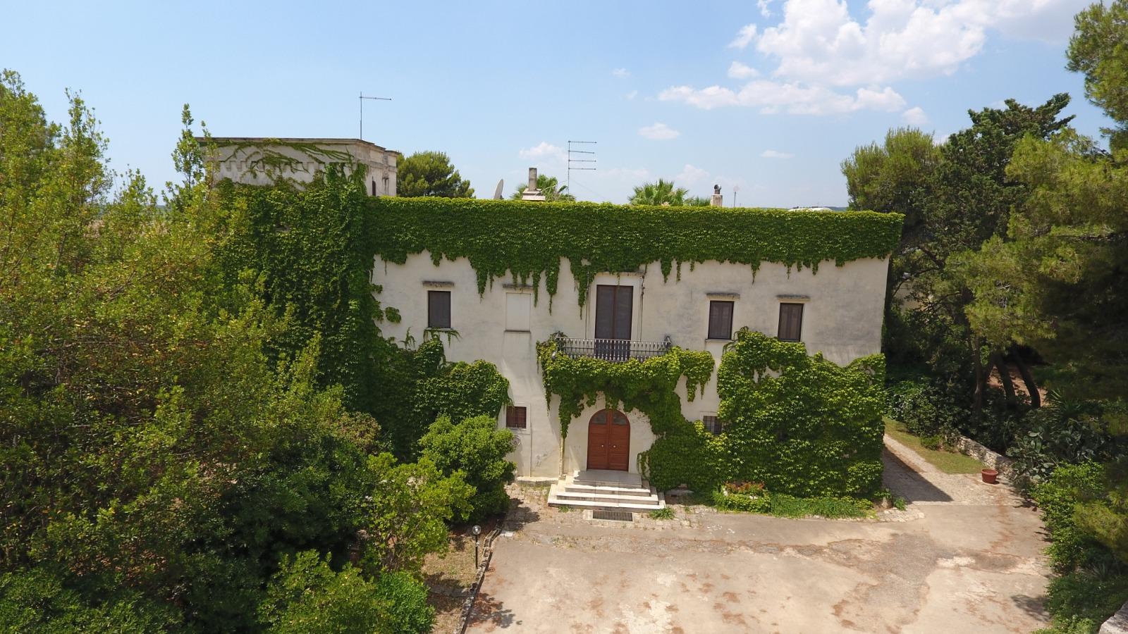 La masseria della azienda Vetrère in Puglia