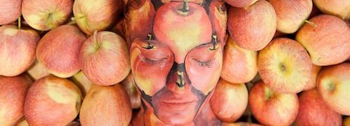 Interpoma - la fiera della mela - volto fra mele