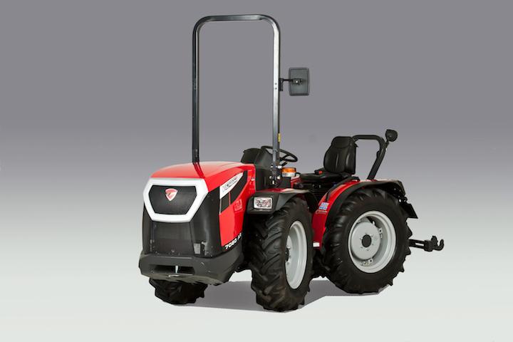 Trattore 7080 AR della linea 7000 del brand di Argo Tractors