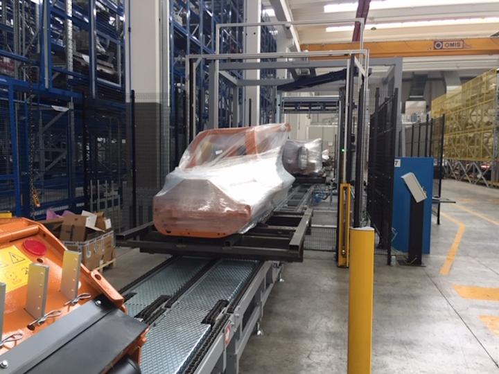 Impianto robotizzato per l'imballaggio delle macchine Berti