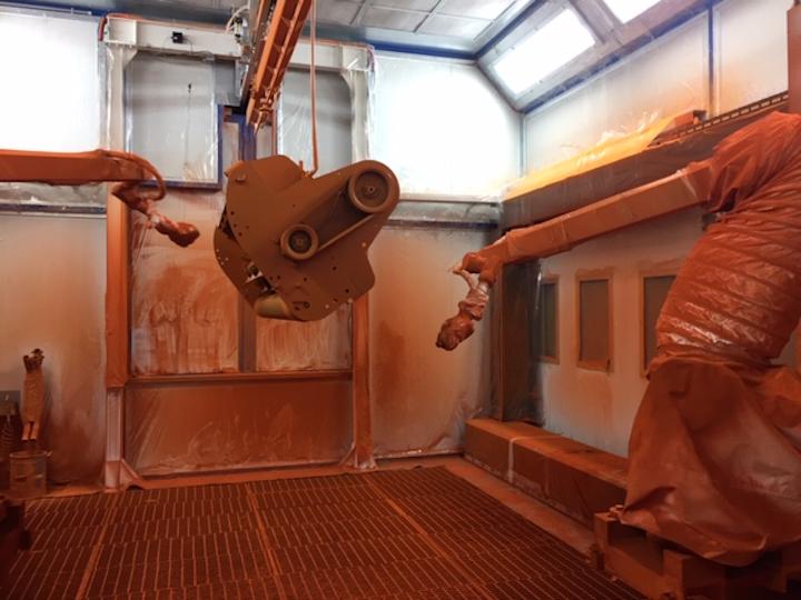 Impianto robotizzato per la verniciatura delle attrezzature Berti