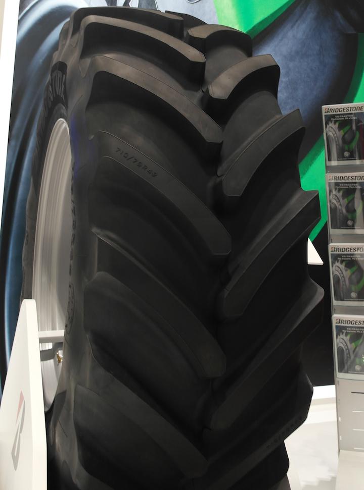 Nuovo pneumatico Bridgestone VX Tractor ad Eima 2018