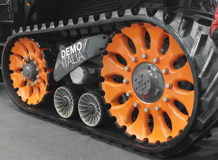 Cingolo Terra Trac del trattore Claas Axion 960