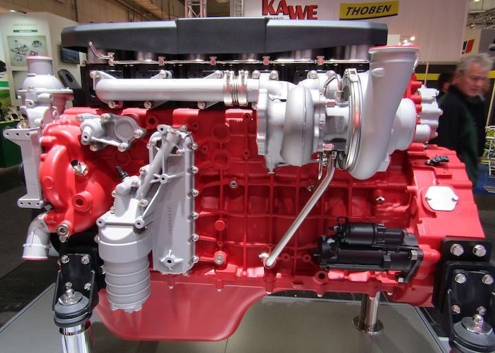 Motore Deutz TCD 9.0 da 4 cilindri e da 9 litri di cilindrata