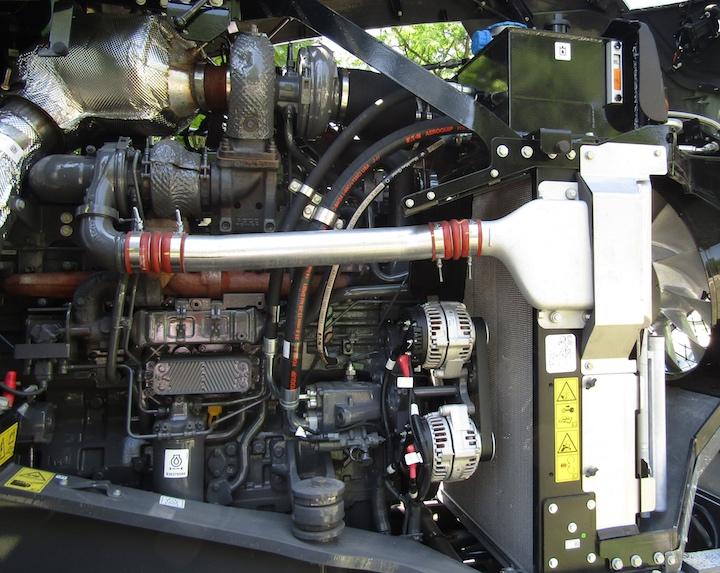 Motore Agco Power sotto il cofano del Fendt 938 Vario MT