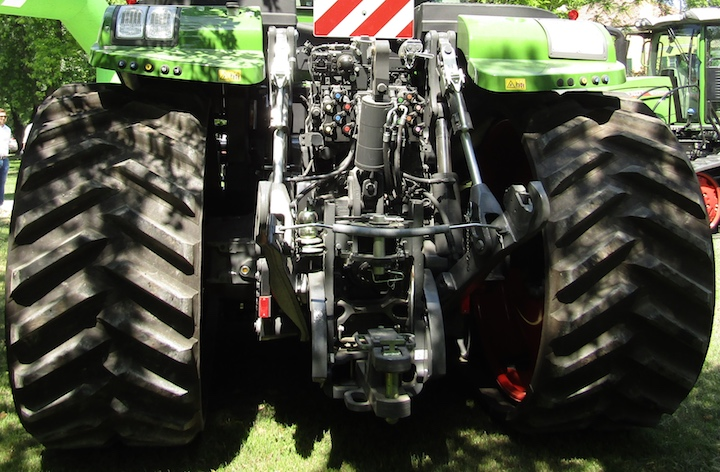 Blocchetti di prese idrauliche e sollevatore posteriore del Fendt 938 Vario MT
