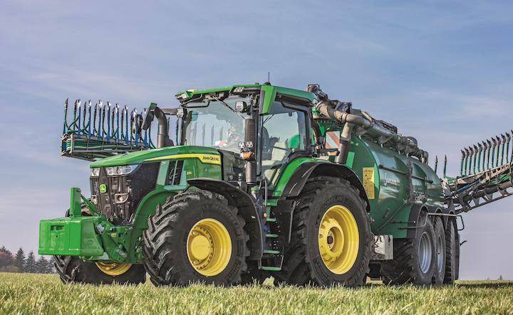 Nuovo John Deere 7R 330