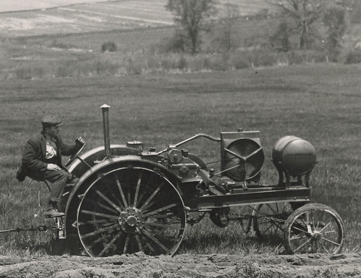 Waterloo Boy, primo trattore prodotto da John Deere