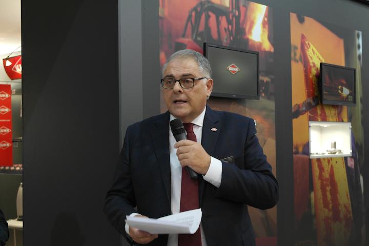 Giovanni Donatacci, managing director KUHN Italia in conferenza stampa ad Agritechnica 2017