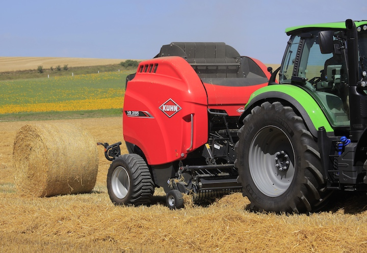 Rotopressa KUHN VB 3195 all'opera