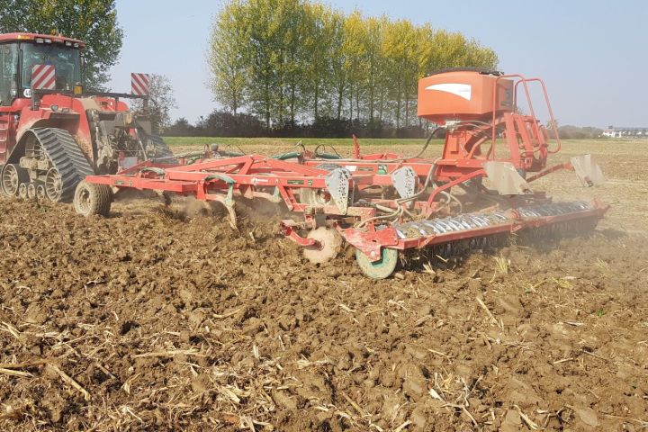 Il coltivatore Kverneland CTC