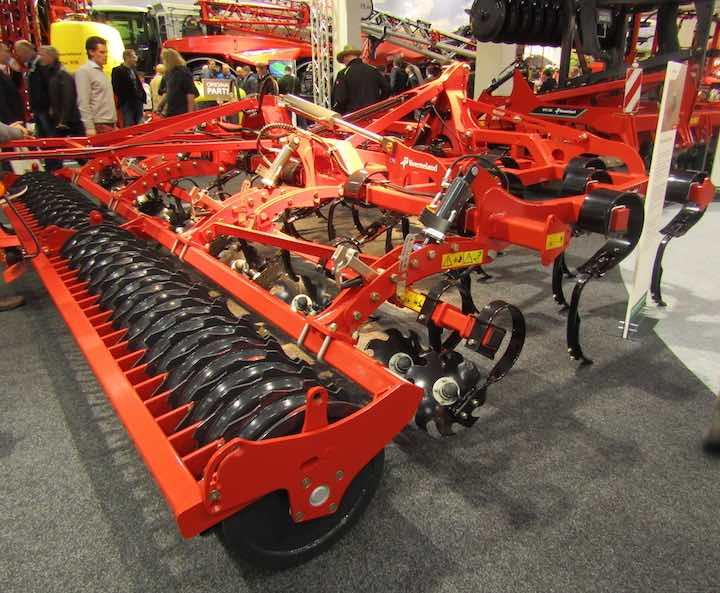 Coltivatore Turbo 5000F esposto alla kermesse tedesca