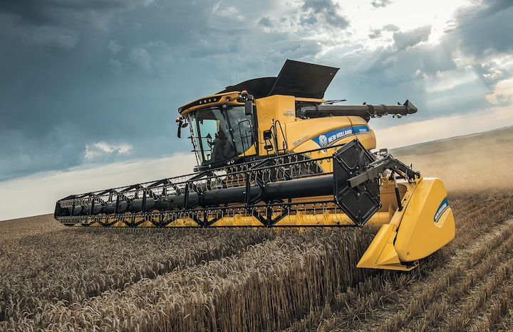 Testata da grano sulla mietitrebbiatrice New Holland CR10.90 Revelation