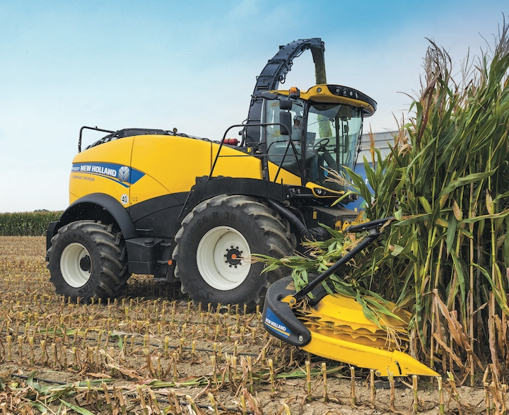 New Holland Forage Cruiser FR920 con rompigranella heavy duty