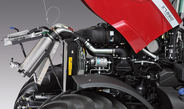 Radiatori e motore FPT Beta Power Fuel Efficiency del McCormick X7.690