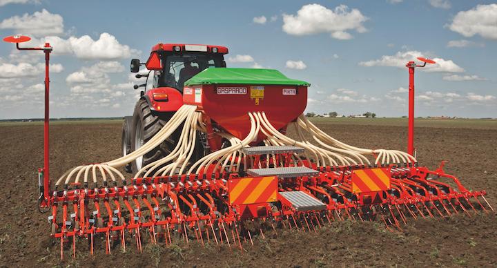 La semina dei cereali può essere abbinata alla deposizione localizzata lungo il solco di specifici fertilizzanti microgranulari