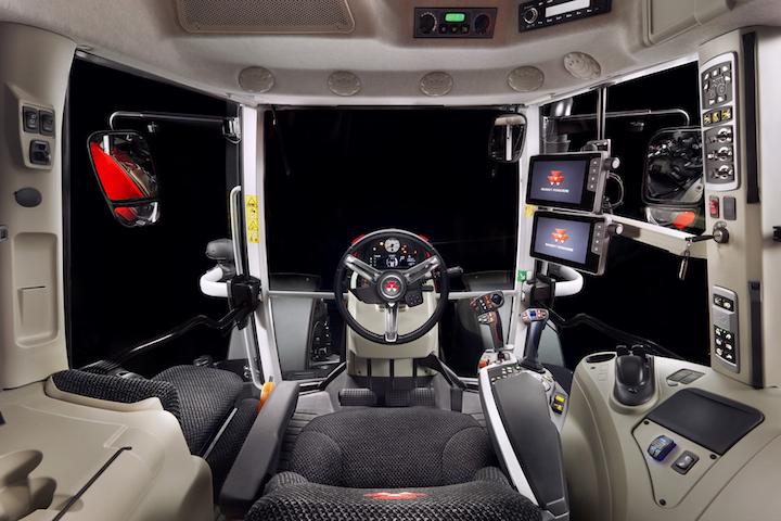 Cabina high tech sui nuovi modelli MF 6S