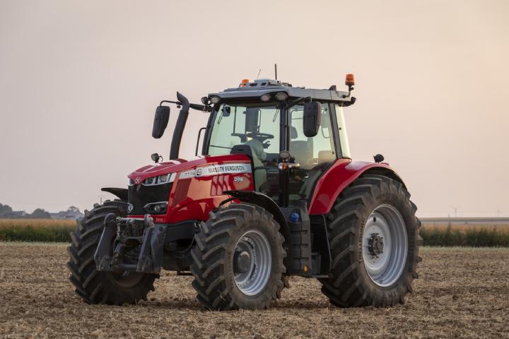 L'MF7719S monta un motore Agco Power che soddisfa pienamente le normative sulle emissioni Stage V