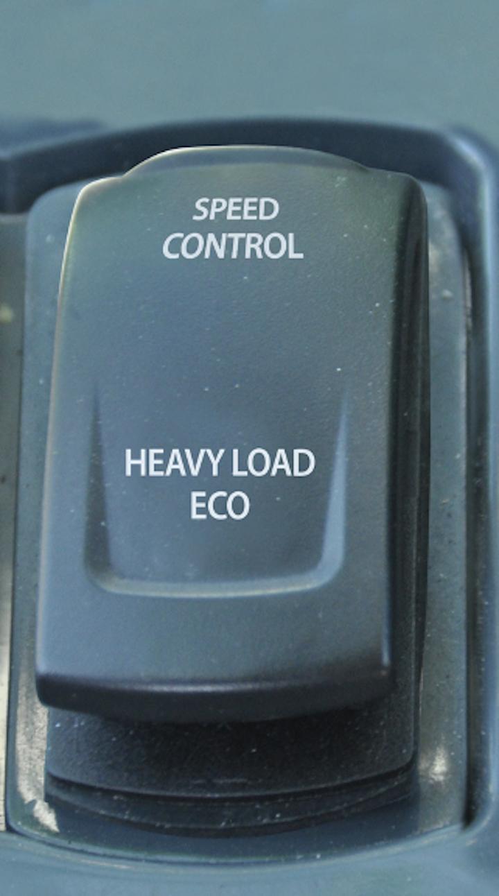 Pulsante per l'inserimento della modalità Speed Control dell'EPD sui telescopici Merlo