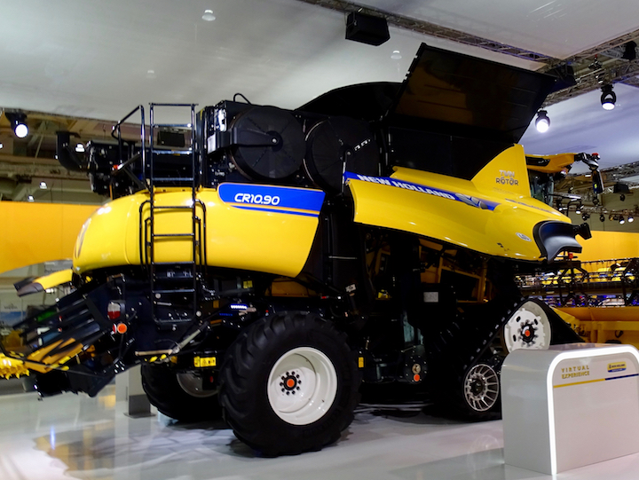 New Holland CR10.90 Revelation ad Agritechnica 2017