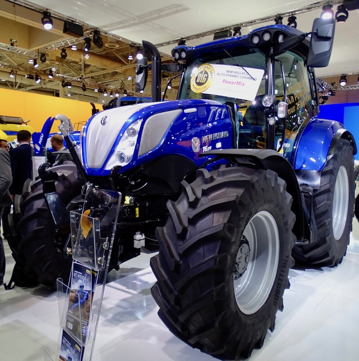 T6.165 Dynamic Command Agritechnica 2017