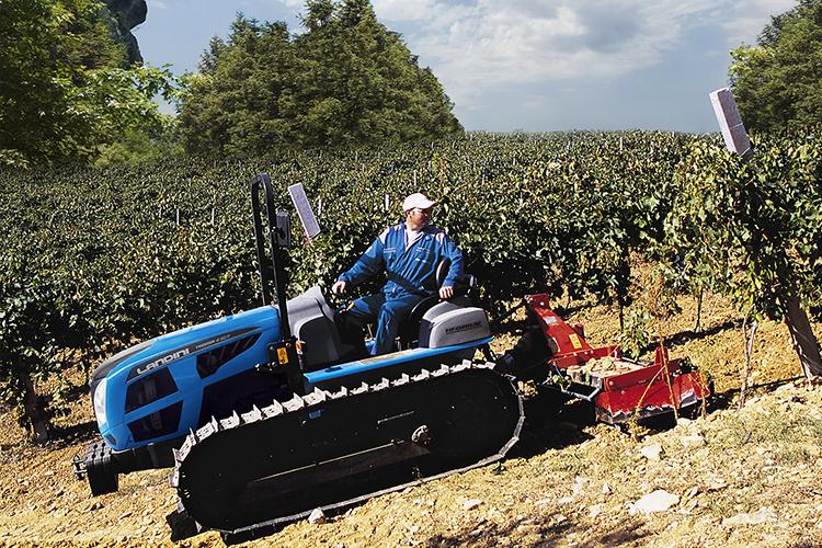 I trattori cingolati Trekker offrono elevata trattività, fondamentale per lavorare su forti pendenze