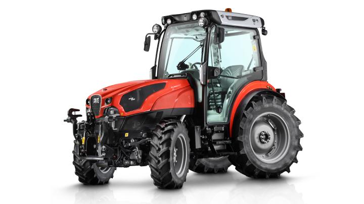 Il Frutteto CVT a quattro ruote sterzanti assicura la massima manovrabilità in vigna