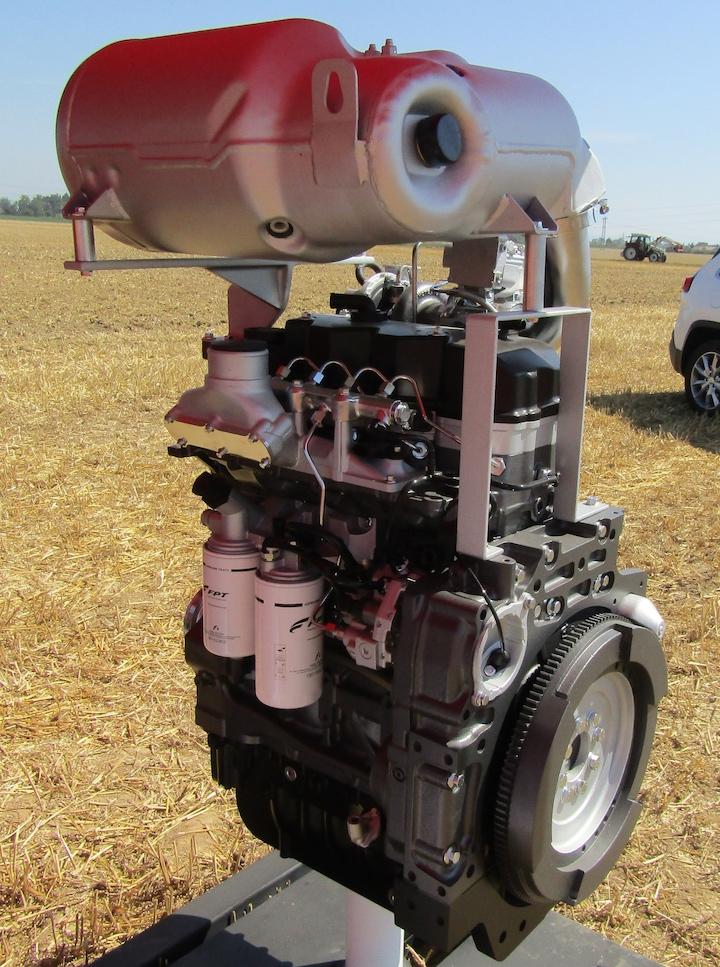 FPT Nef 45 Stage V, motore montato sugli Steyr Expert CVT