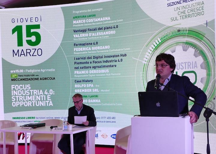 Marco Costamagna, presidente della sezione meccanica di Confindustria Cuneo, al convegno sull'Industria 4.0