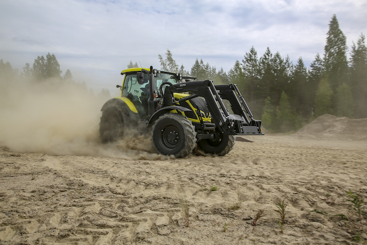 Trattore Valtra Unlimited esposto al Borgeby Field Day 2018 in Svezia
