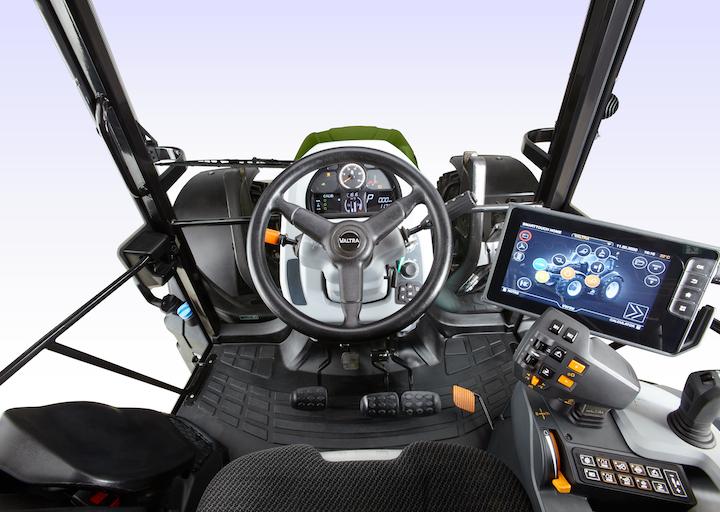 Valtra G135 Versu, top di gamma della Serie G, con tecnologie all'avanguardia
