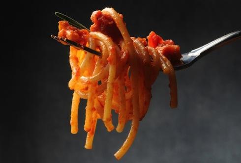 Pasta all'Amatriciana: una tradizione che richiede pasta di qualità quanto a proteine e tenuta alla cottura (Foto: Camugnero Silvana - Fotolia)